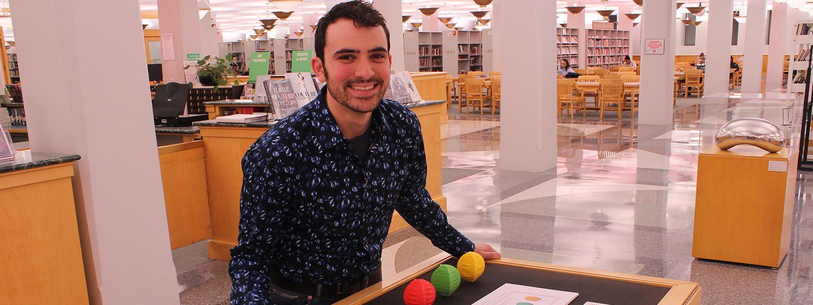 Visual Arts alumnus makes health an art form | READ MORE >>