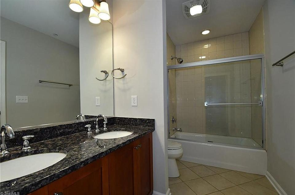 Sample bathroom layout & finish package.