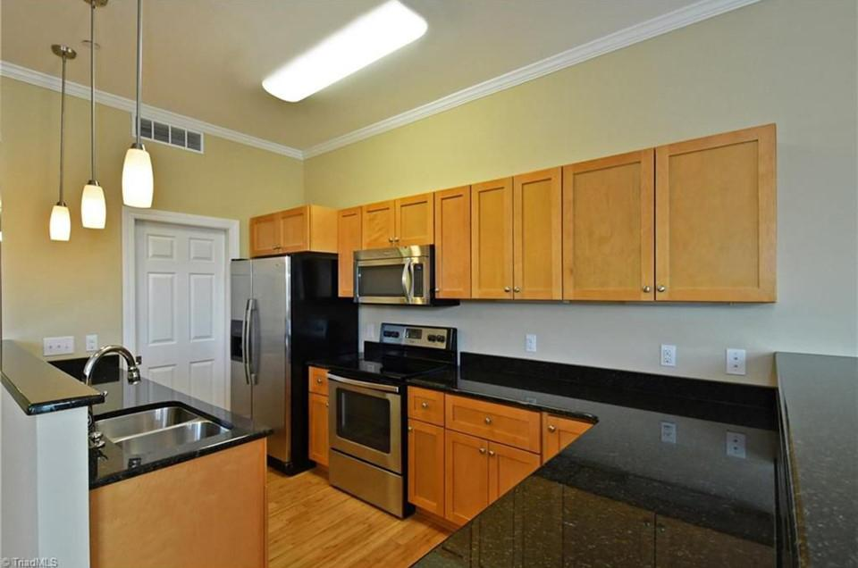 Sample kitchen & finish package. (Gateway Loft Apartments will be brand new.)