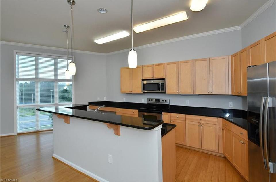 Additional sample kitchen & finish package.