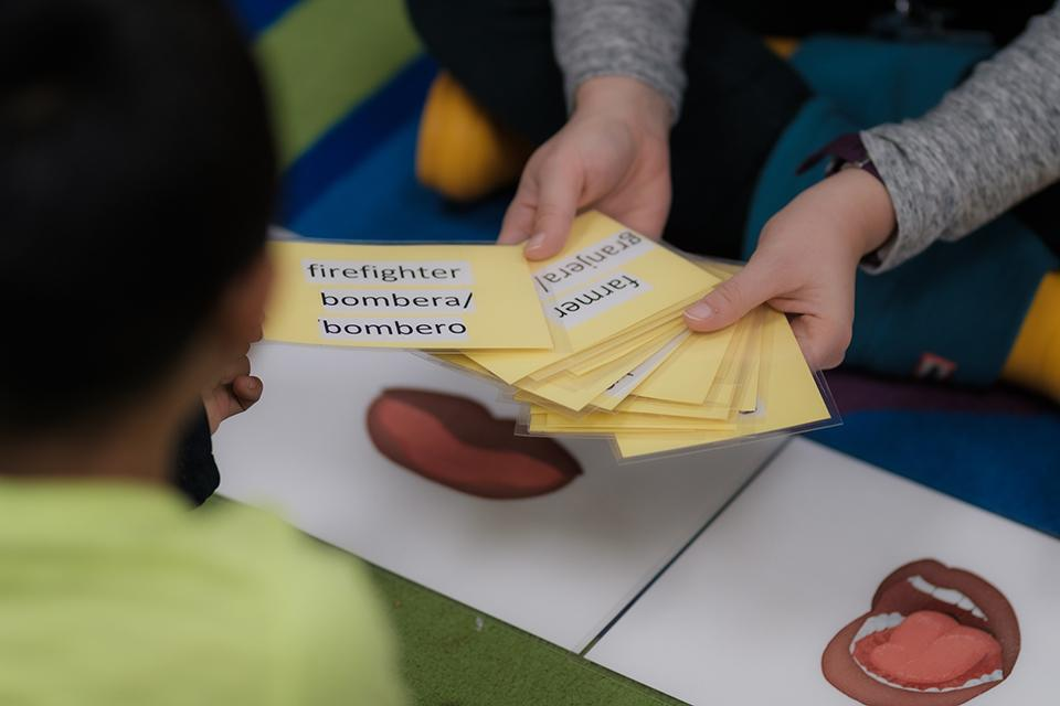 Ann-Louise Wolf and ArtistCorps members work with students at Easton Elementary School in Winston-Salem. / Photo: Raunak Kapoor