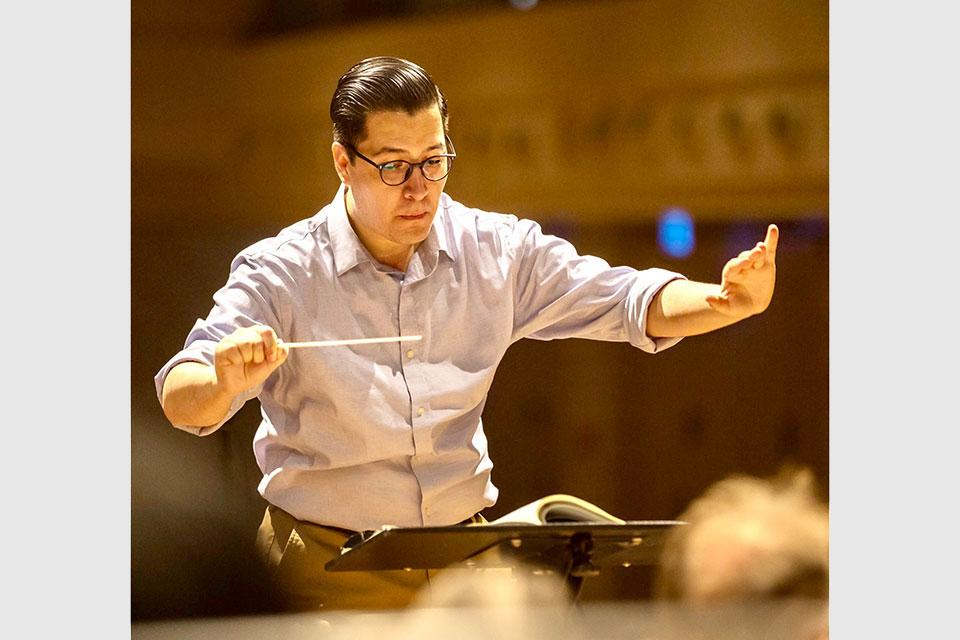 Felipe Tristán conducting the Südwestdeutsche Philharmonie in Konstanz, Germany.