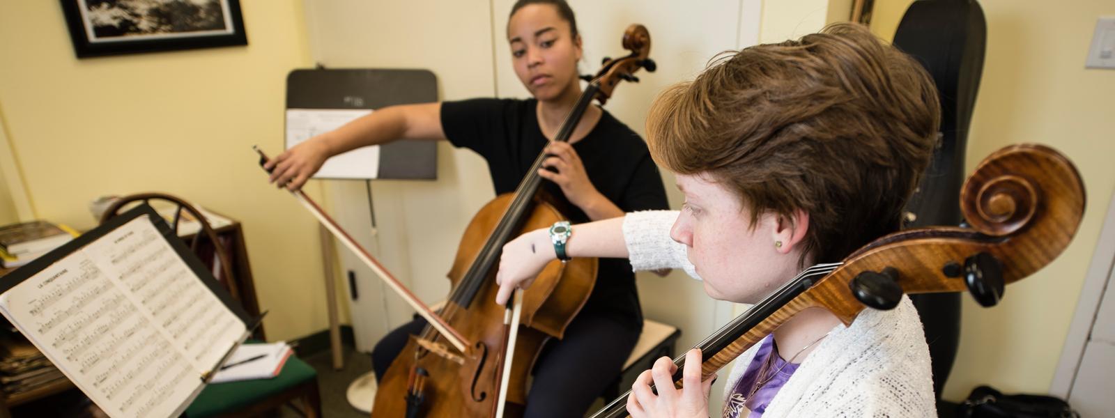 Private Cello Lessons / Photo: Christine Rucker