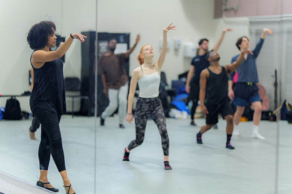 Krisha Marcano leads dance class in Mollie Murray Dance Studio