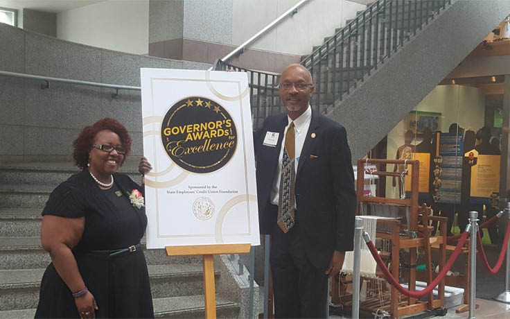 TaWanna Archia receives Governor's Award for Excellence