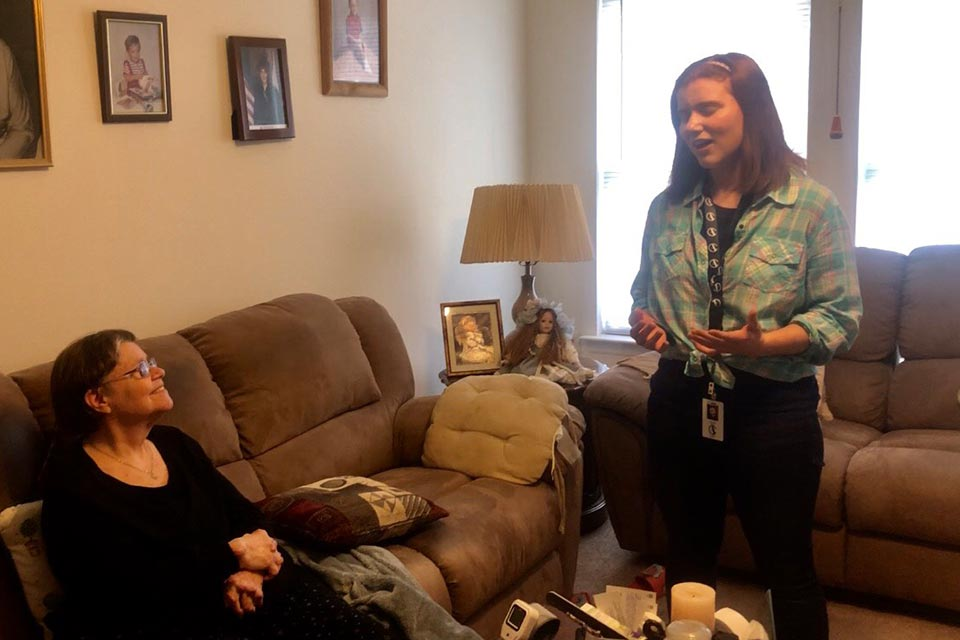 "Watch Grace Pfleger perform ""Somewhere Over the Rainbow"" during her Meals-on-Wheels route."
