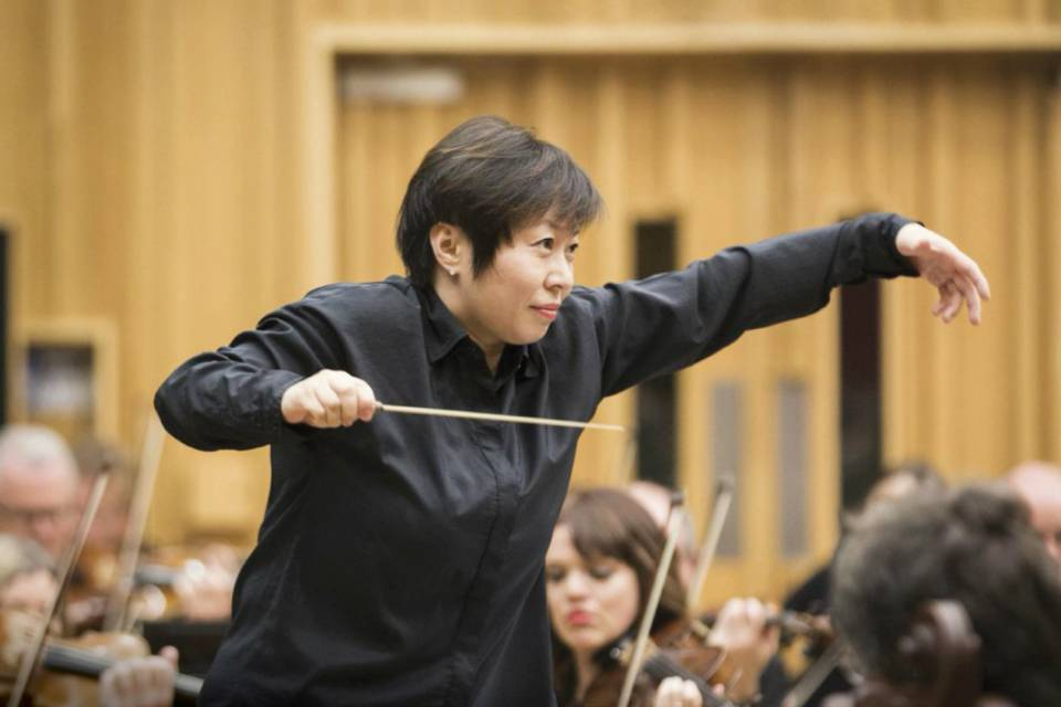 Xian Zhang conducts the UNCSA Symphony Orchestra on Sept. 28