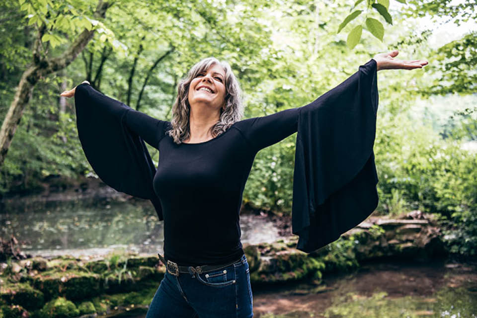 Kathy Mattea will perform at the Stevens Center on Nov. 16