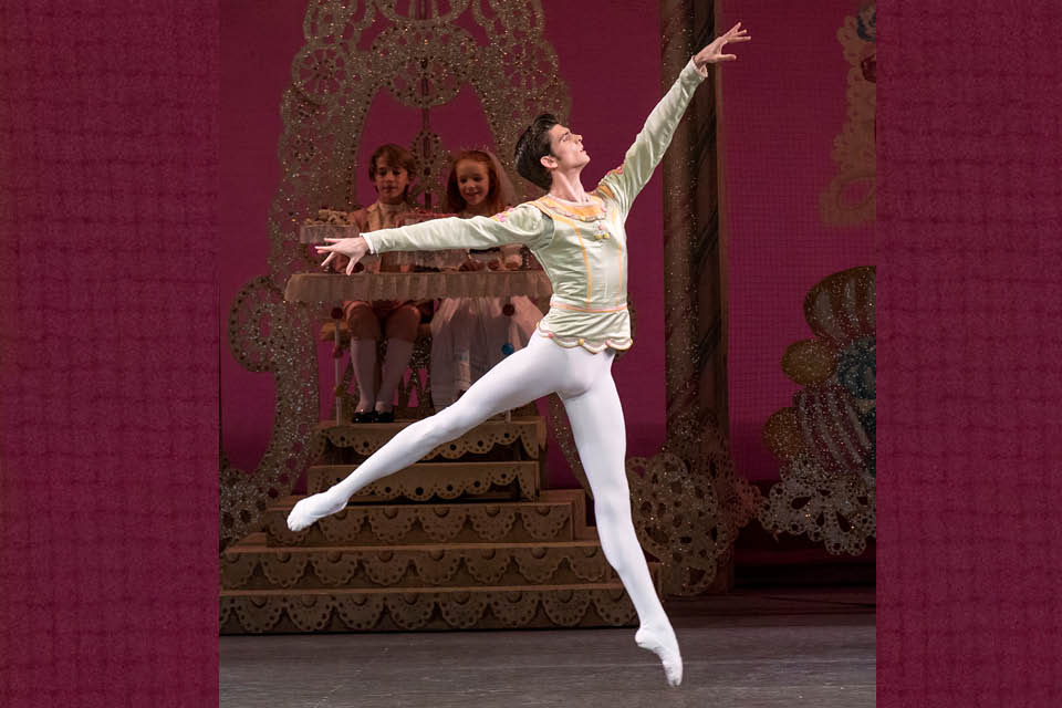 "Peter Walker will be guest dancer for ""The Nutcracker"" on Dec. 18 and 19"