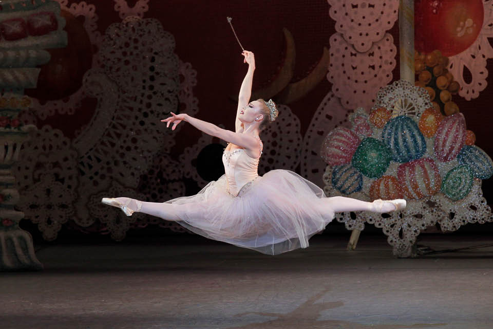"Sara Mearns will be guest dancer for ""The Nutcracker"" on Dec. 18 and 19."