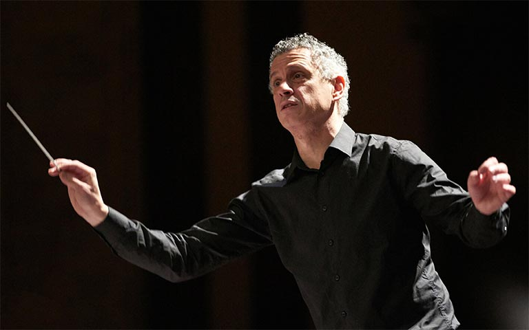 UNCSA Symphony returns with Shostakovich Symphony No. 5 conducted by alumnus Robert Franz, Sept. 18